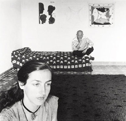 Picasso et Francoise Gilot by Robert Doisneau. Source: staleywise.com