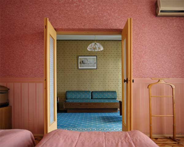 Photo by Stephen Shore . Source: 303gallery.com